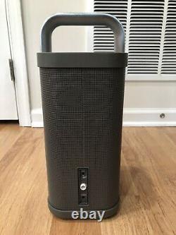Brookstone Big Blue Party Président Bluetooth Avec Chargeur Grande Condition